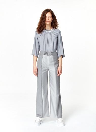 Mizalle Elastik Bel Detaylı Pantolon  Gri